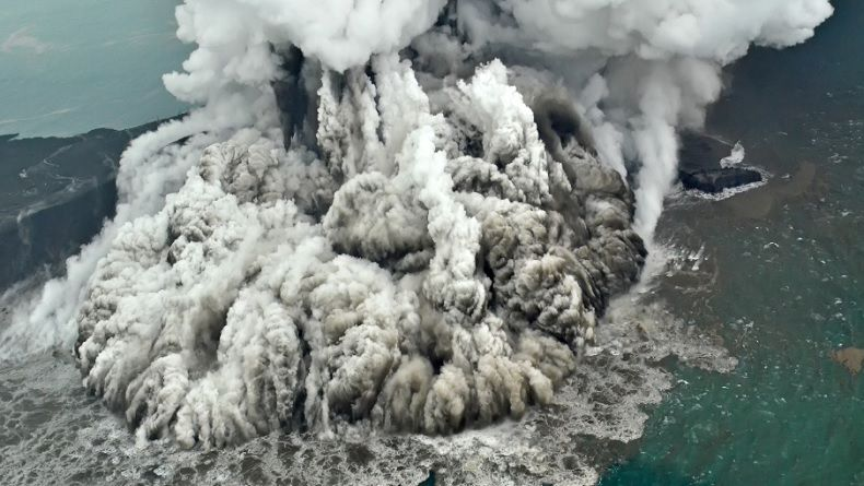 Delik RCTI: Memantau Bencana Krakatau
