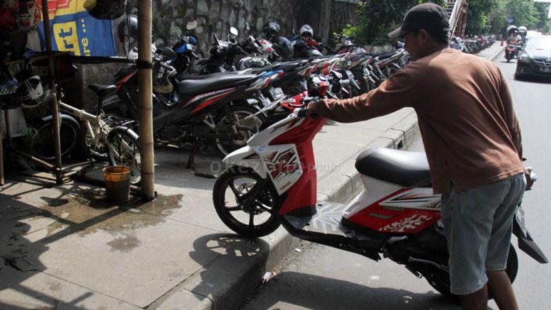 Polresta Banjarmasin Akan Tindak Warga Siapkan Parkiran Motor untuk Anak SMP