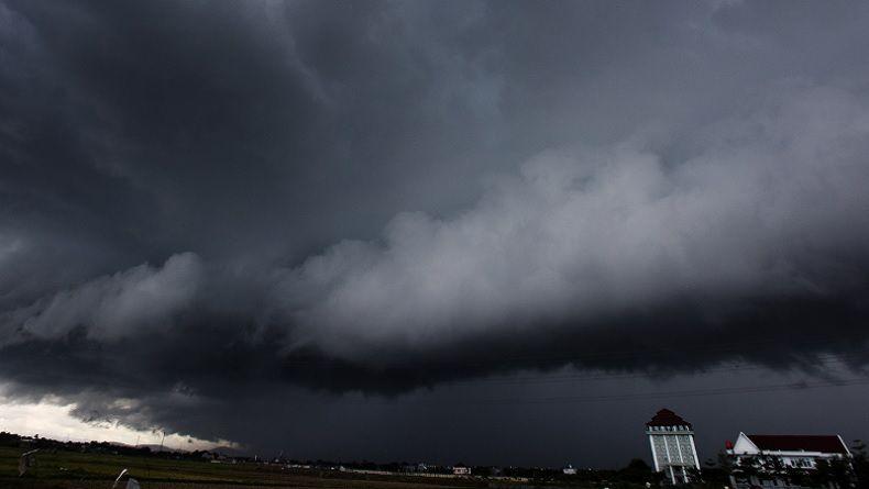 BMKG Prediksi Hujan Lebat Landa Sumut, Warga Diminta Waspadai Banjir dan Longsor