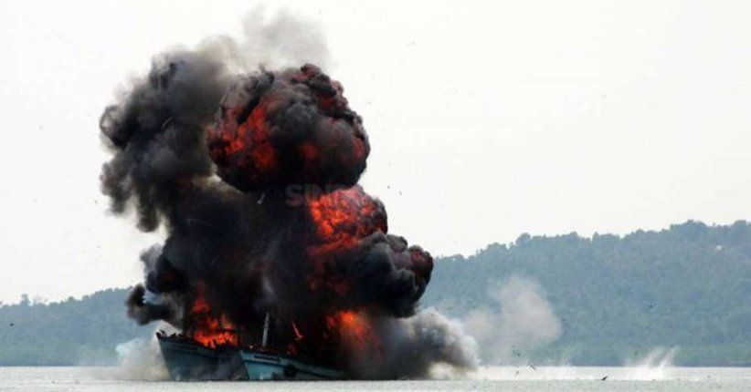 Luhut Kembali Minta Susi Setop Penenggelaman Kapal
