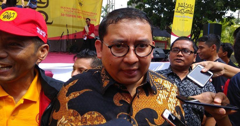 Pangdam Jaya Perintahkan Copot Baliho Habib Rizieq, Fadli Zon Singgung Dwifungsi ABRI