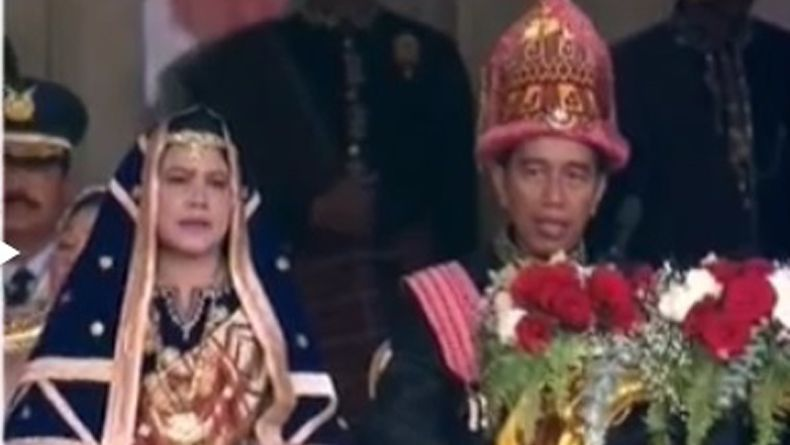 HUT RI di Istana, Jokowi Pakai Kostum Adat Aceh, JK Pakai Adat Bugis