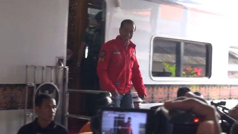 Reaktivasi Jalur KA, Jokowi: Dulu Charlie Chaplin ke Garut Naik Kereta