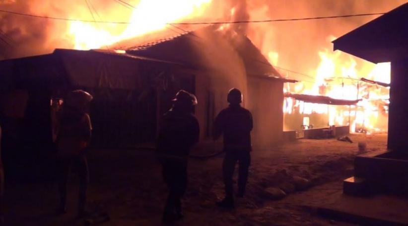 14 Wisma Lokalisasi Solong Terbakar, Pengunjung dan PSK Kocar-Kacir