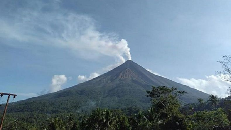 Aktivitas Vulkanis Gunung Karangetan Sulut, 17 KK Dievakuasi ke Pengungsian