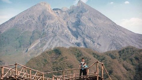 Menikmati Keindahan Gunung Merapi Lebih Dekat dari Bukit Klangon