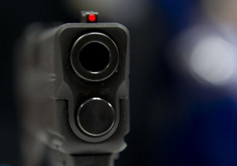 Bocah Perempuan Kelas 6 SD Bawa Pistol ke Sekolah, Tembaki Teman dan Guru