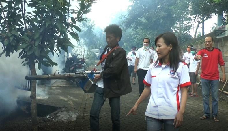 3 Warga Kena DBD, Perindo Fogging Perumahan Griya Mijen Semarang