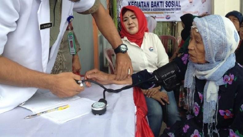 Warga Balikpapan Serbu Pemeriksaan Kesehatan Gratis Partai Perindo
