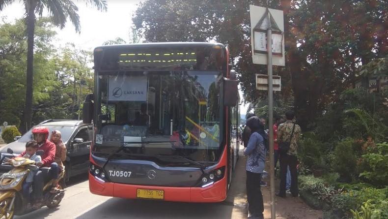 Transjakarta Sediakan Bus Gratis ke Taman Wisata Ragunan, Warga Sambut Antusias
