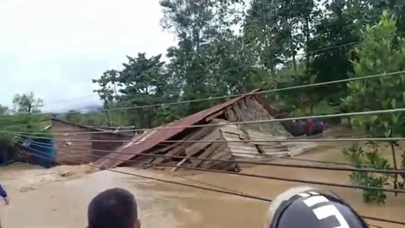Banjir Parah Terjang 7 Kabupaten/Kota di Sulawesi Tenggara, 1 Korban Tewas