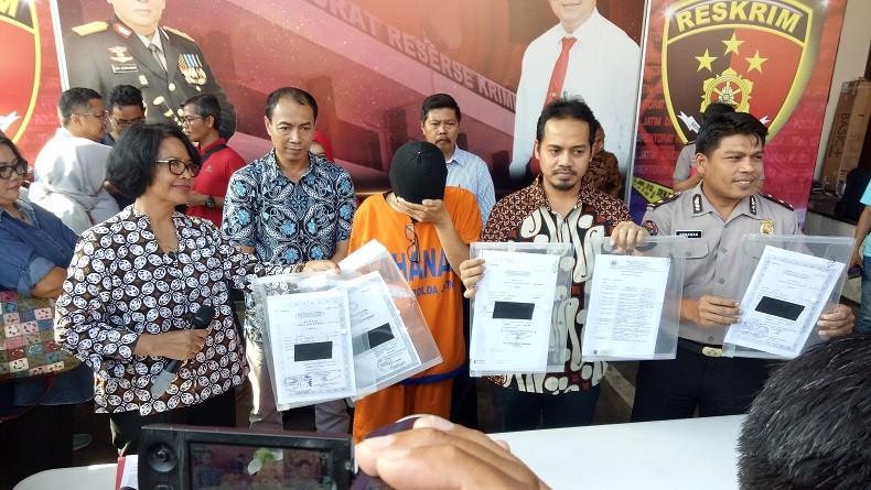 Kepala Sekolah SMP Swasta di Surabaya Cabuli 6 Siswanya