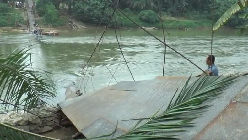Jembatan Gantung di Labuhanbatu Putus, 8 Anak Luka Parah Terkena Kabel Sling