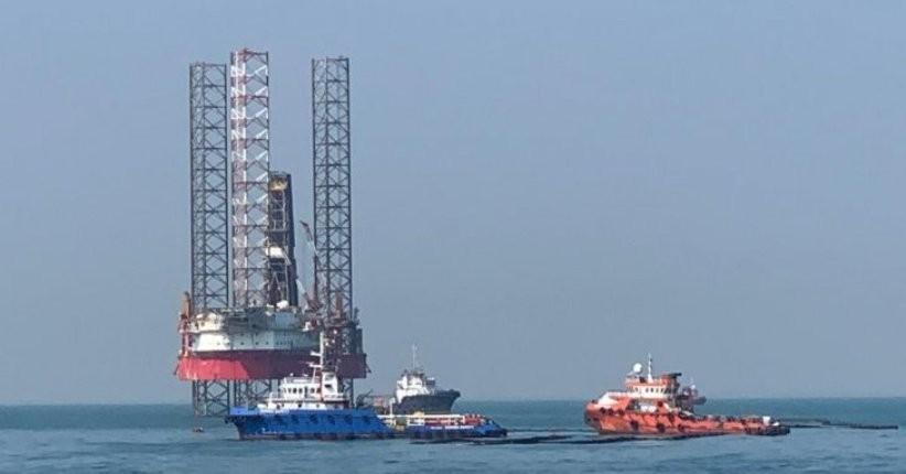 Awasi  Pembersihan Tumpahan Minyak Pertamina, Kapal Patroli Alugara Diturunkan