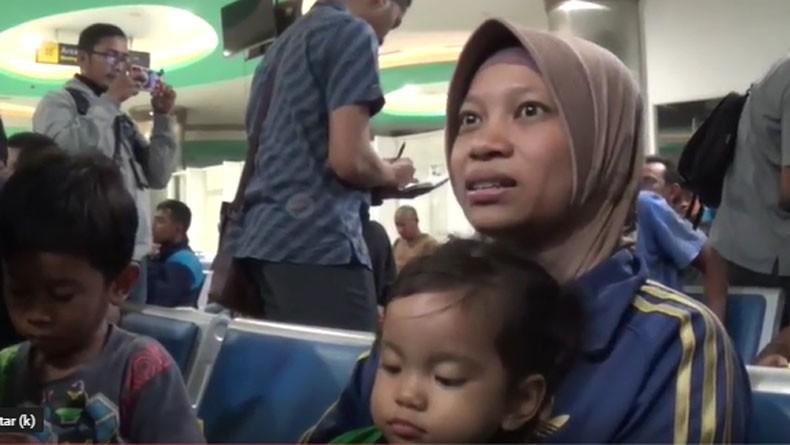 Cerita Nur Eka Korban KM Santika yang Terbakar, 12 Jam Terombang Ambing di Laut