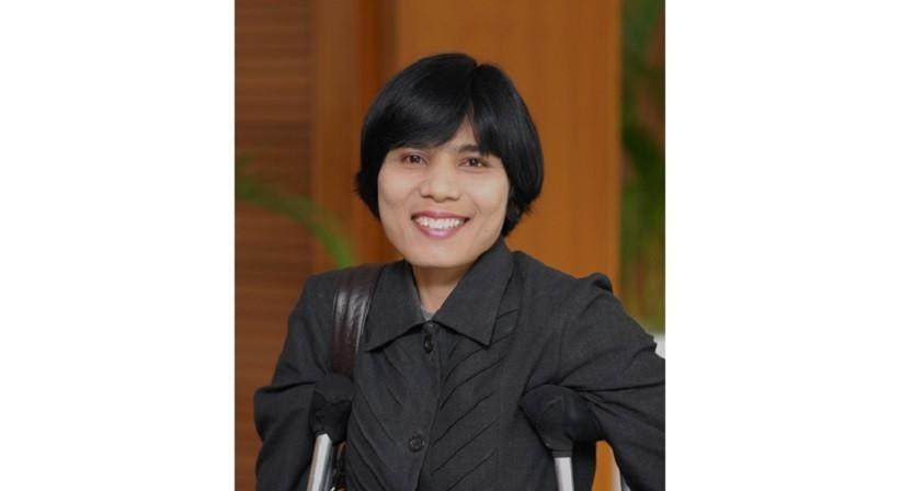 Eva Kasim, Penyandang Disabilitas Pertama di Indonesia yang Jabat Eselon 2