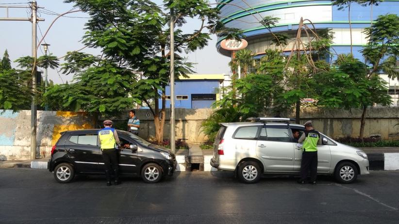 1.761 Pengendara Terjaring di Hari Kedua Perluasan Ganjil Genap DKI