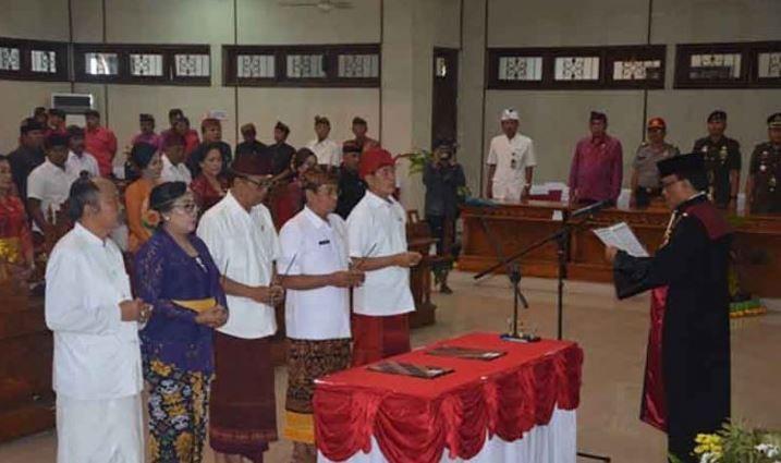 Pimpinan DPRD Buleleng Resmi Dilantik
