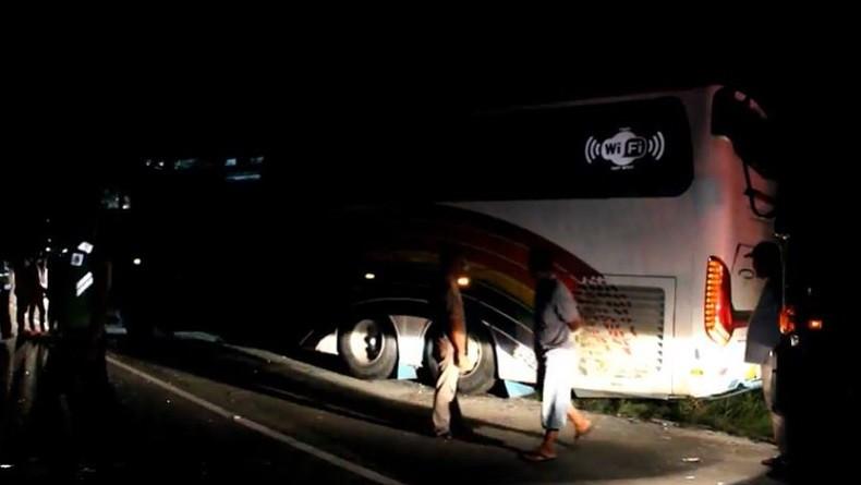 2 Bus Adu Banteng di Aceh Timur, 6 Orang Tewas