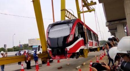LRT Jabodebek Tahap II, Menko Luhut: Lebih Murah karena Tidak Elevated