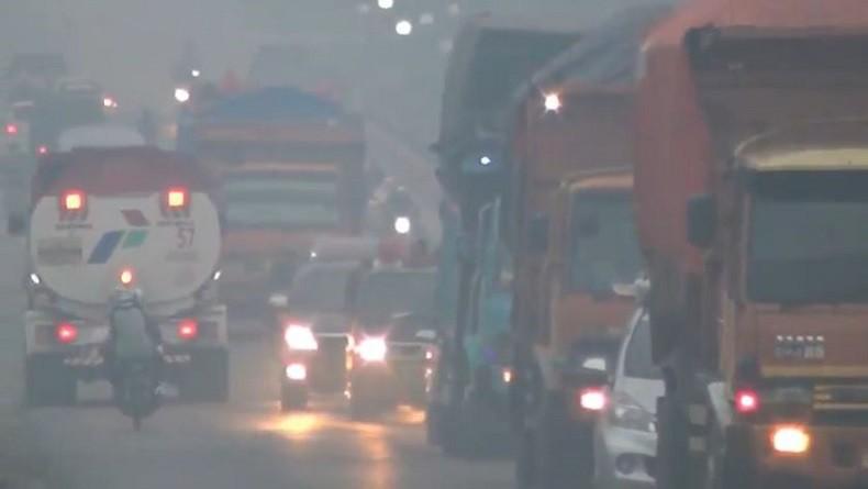 Kabut Asap Kepung Dhamasraya Sumbar, Warga Diimbau Pakai Masker