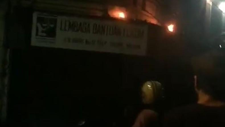 Kantornya Dilempari Bom Molotov, LBH Medan: Ini Teror Terhadap Penegakan HAM