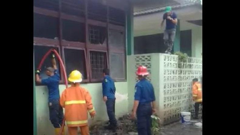 Gedung Laboratorium Kampus FMIPA USU Hangus Terbakar