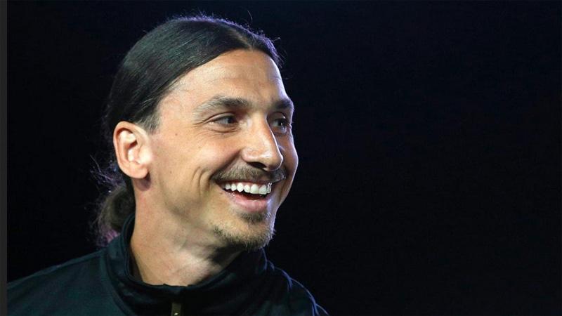 AC Milan Mulai Negosiasi Transfer untuk Pulangkan Ibrahimovic