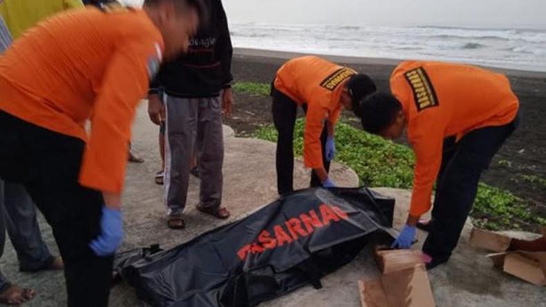 Perahu Jukung Terempas Ombak di Perairan Cilacap, 2 Nelayan Tewas 1 Hilang