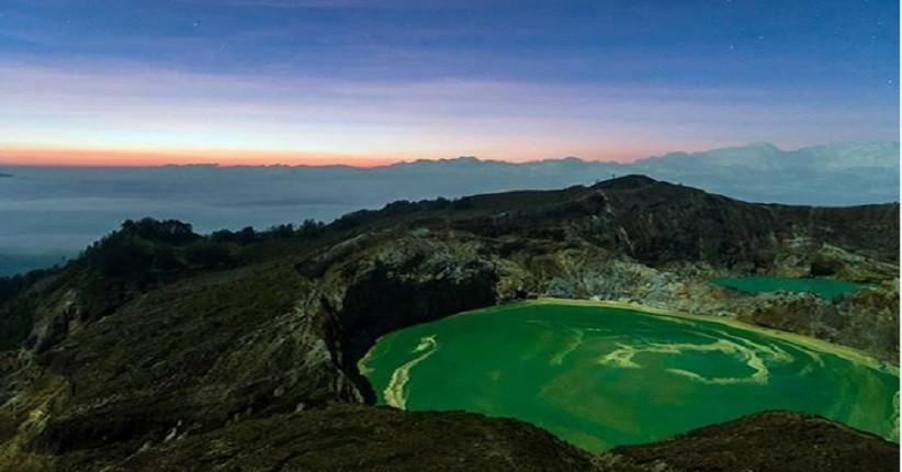 Keindahan Danau Kelimutu di Flores, Danau Kawahnya Unik Berwarna-warni