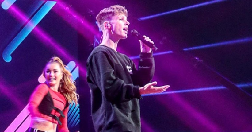 HRVY Spesial Nyanyikan Single Terbaru di Panggung Top 13 Indonesian Idol 2019