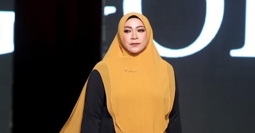 Penampilan Anggun Melly Goeslaw hingga Vebby Palwinta Kenakan Hijab Syar'i