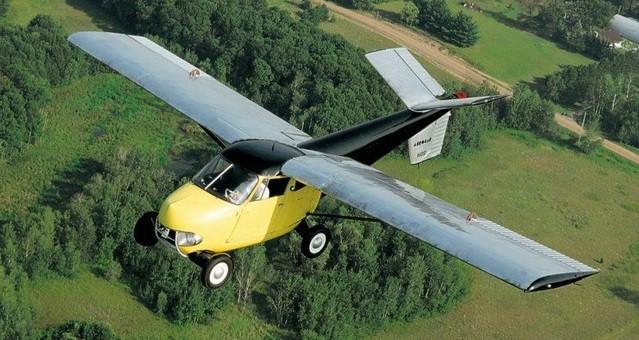 Mengenal Mobil Terbang Pertama di Dunia Taylor Aerocar