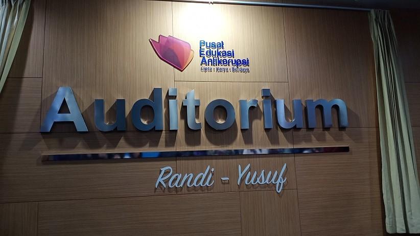 Randi dan Yusuf Diabadikan Jadi Nama Auditorium KPK