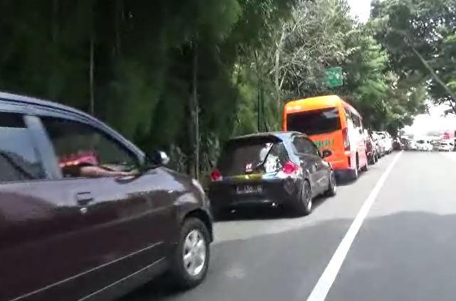 Jelang Libur Nataru, Lalin ke Arah Lembang Macet