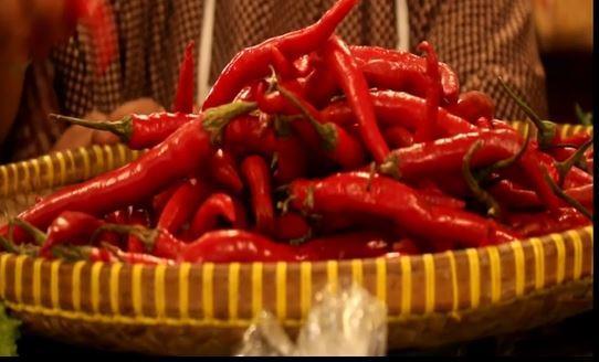Harga Cabai Merah di Petani Naik, Pedagang di Ambon Jual Rp80.000 per Kg