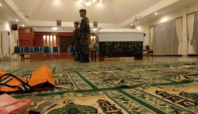 Jenazah Serda Rohmat yang Gugur dalam Kontak Senjata di Papua Diterbangkan ke Demak