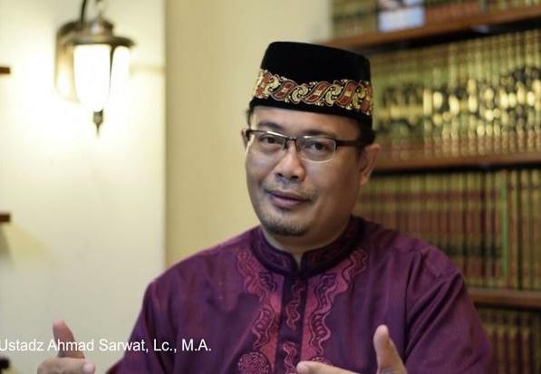 Hukum Merayakan Tahun Baru bagi Umat Islam
