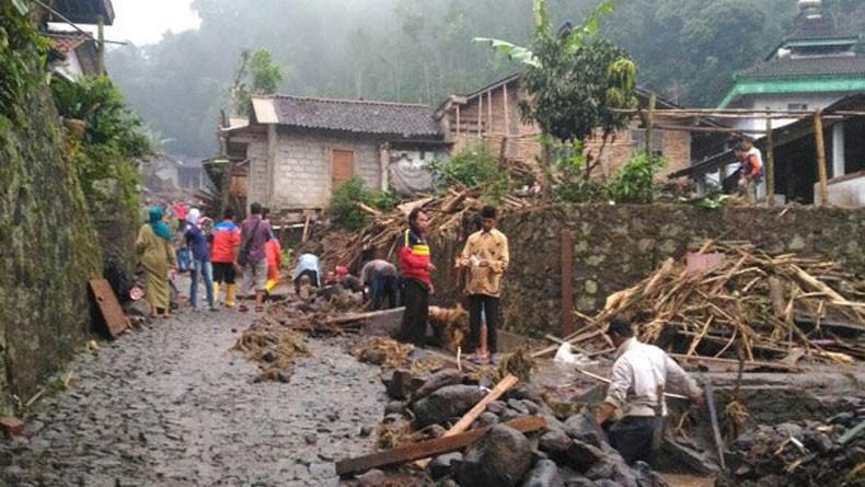 Rescue Perindo Berkomitmen Terus Bergerak sebagai Relawan Tanpa Pamrih