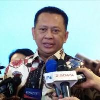 Ketua MPR Dorong Menteri Cepat Adaptasi Pola Kerja Presiden Jokowi
