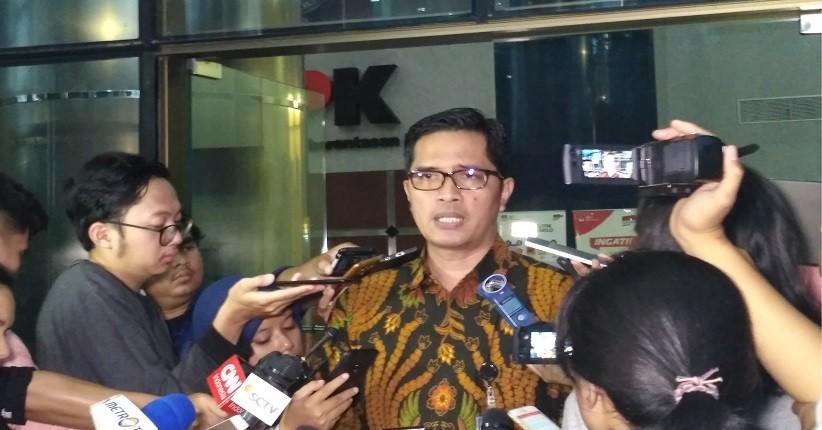 KPK Duga Mantan Bupati Cirebon Sunjaya Purwadisastra Terima Gratifikasi Rp50 M
