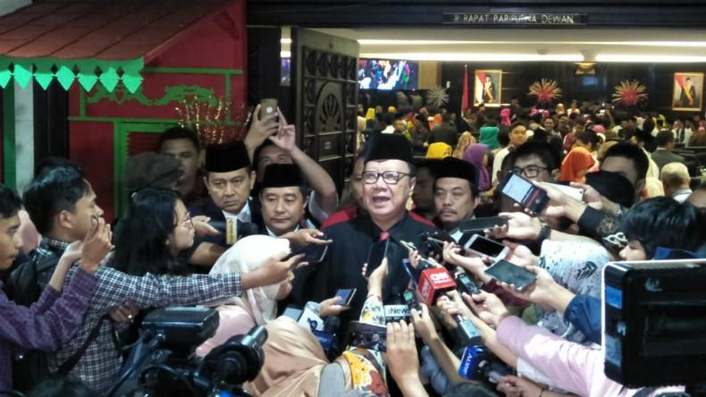 Panggil Wali Kota Tangerang, Mendagri Minta Pelayanan Publik Diaktifkan Kembali