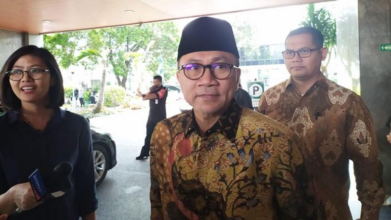 Dijenguk Zulkifli Hasan, Wiranto Sebut Penusuknya Iblis Bukan Orang Beragama