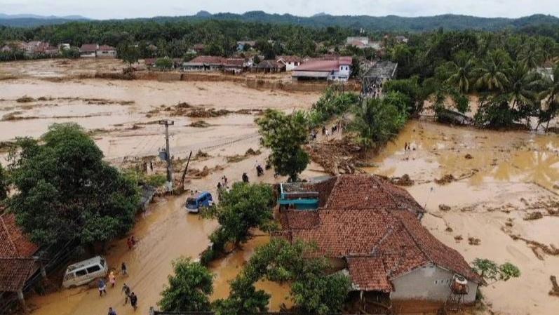 Mengambil Hikmah Dari Bencana Banjir
