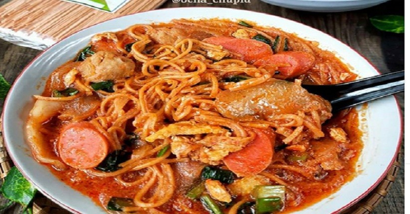 Pencinta Makanan Pedas Wajib Cicipi Seblak Mi, Cabai Rawitnya Suka-Suka
