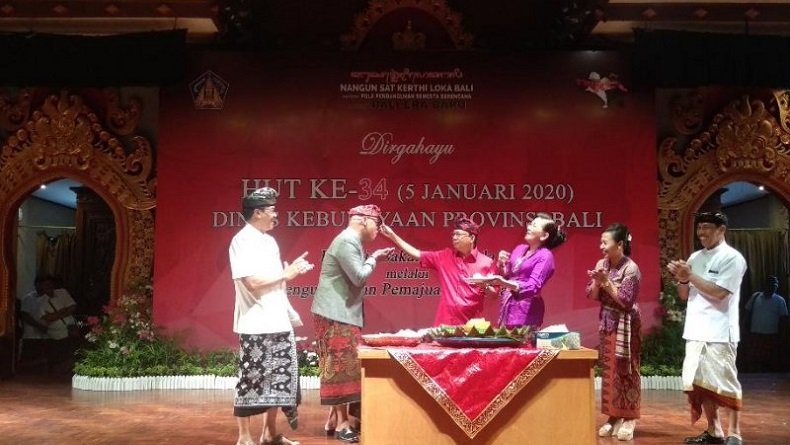Gubernur Wayan Koster Gagas Festival Budaya Tingkat Dunia di Bali