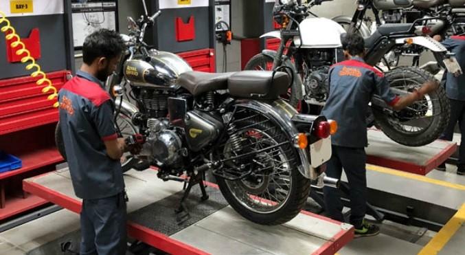 Bagian-Bagian Sepeda Motor yang Harus Dicek Setelah Melibas Banjir