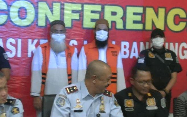 2 WN Pakistan Dideportasi Saat Minta Sumbangan di Masjid Bandung