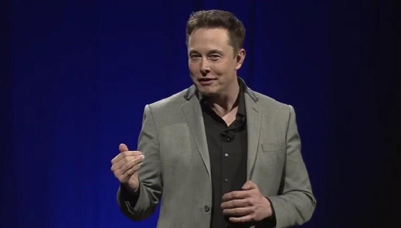 Elon Musk Kaitkan Smartphone dengan Runtuhnya Masyarakat