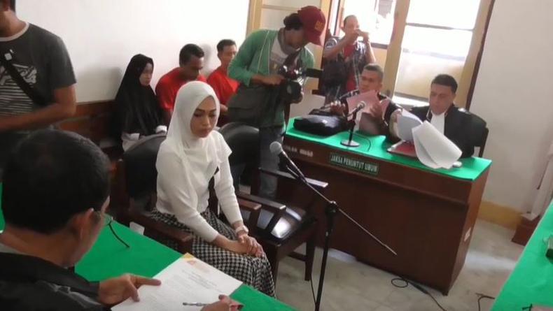 Tagih Utang Rp70 Juta lewat Medsos, Perempuan Muda di Medan Dijerat UU ITE